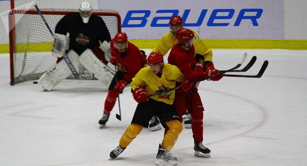 俄冰球名宿:中國冰球運動將在北京冬奧會後繼續保持發展