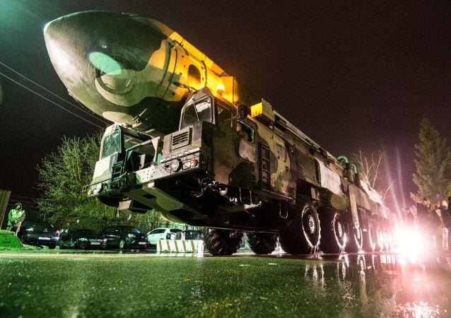 白楊型洲際彈道導彈