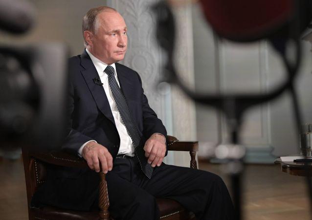 美國記者對普京的一段採訪獲艾美獎提名