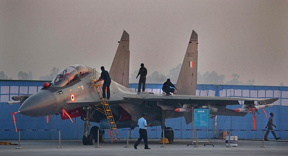 印度擬與俄簽署價值八億美元的武器及零件供應合同