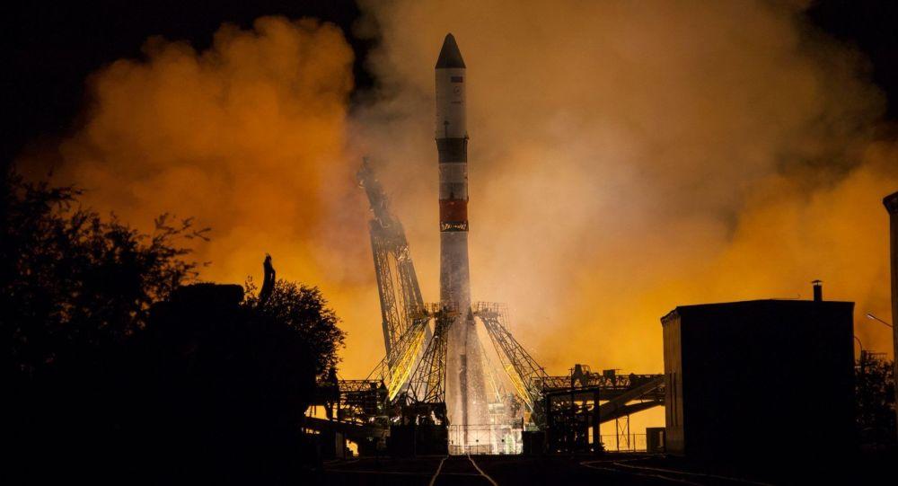 俄聯盟號火箭攜帶進步MS-12貨運飛船升空