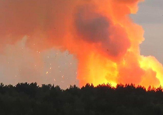 克拉斯諾亞爾斯克邊疆區阿欽斯克區一部隊駐地軍火庫發生爆炸