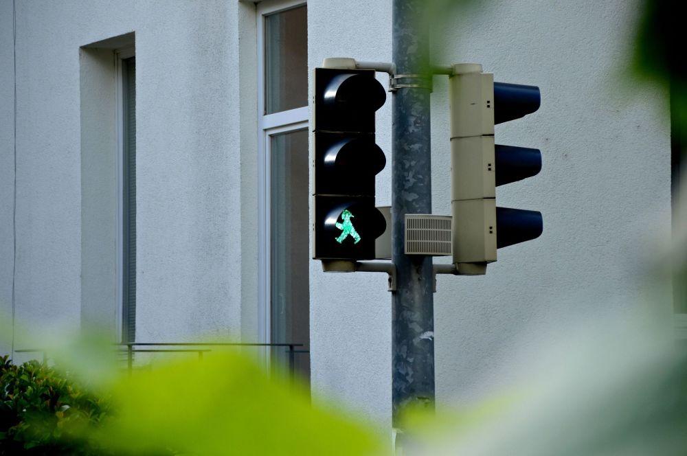 世界各地千奇百怪的紅綠燈
