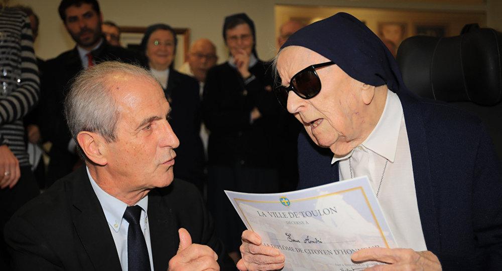 法國115歲修女成為歐洲最年長女性