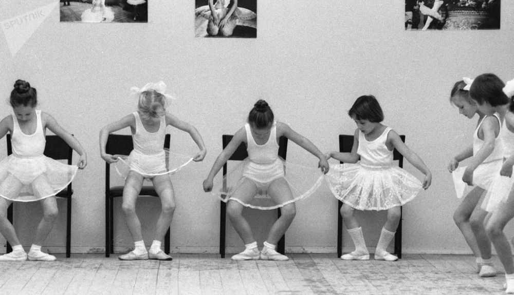 舞蹈課。1985年。