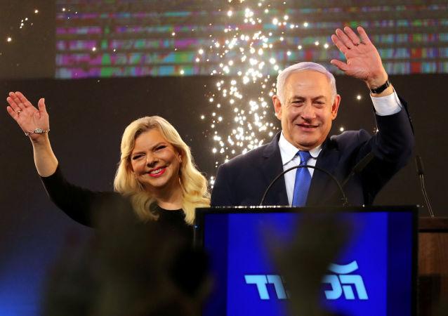 媒體:以色列總理夫人大鬧赴基輔飛機
