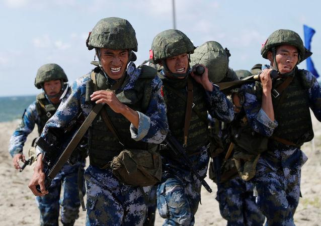 中國空降兵抵達俄羅斯參加「國際軍事比賽-2020」