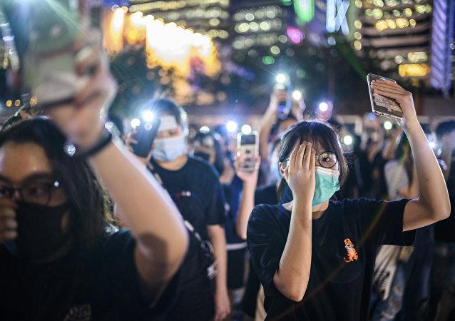 香港中小學生加入抗議隊伍