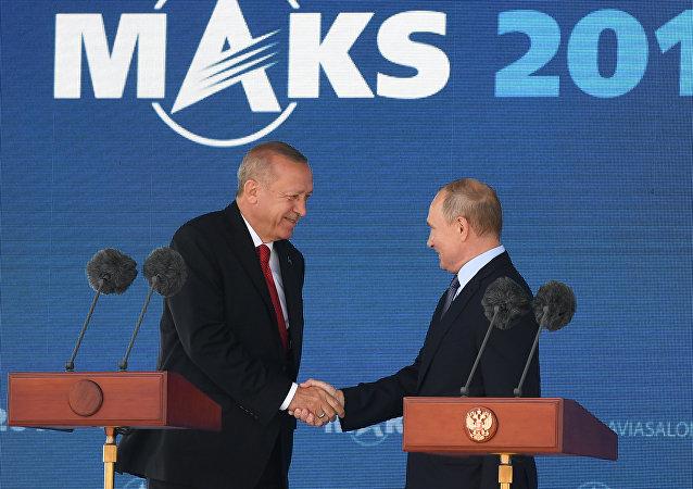普京與埃爾多安共同出席2019年莫斯科國際航空航天展開幕式