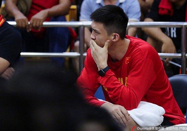 中國籃球隊:前鋒周鵬因骨裂無緣即將開賽的2019男籃世界杯