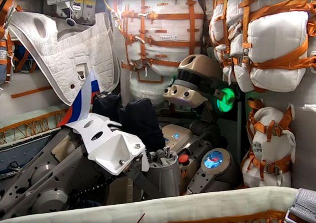 俄「費奧多爾」機器人開發者稱機器人牽扯國際空間站漏氣的說法荒謬