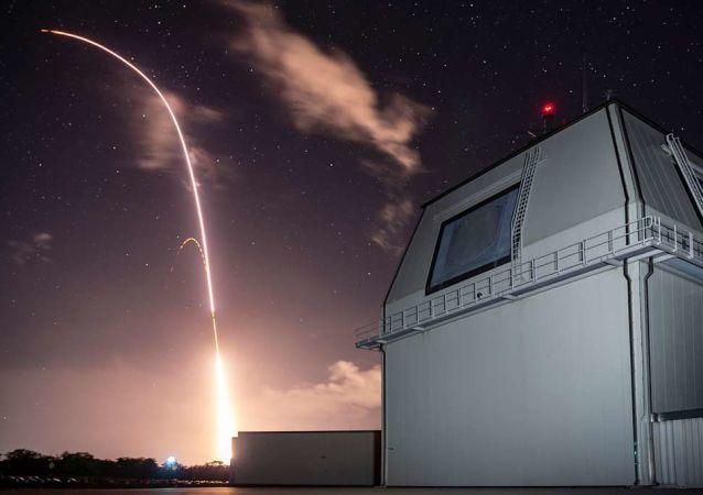 「宙斯盾」防空系統