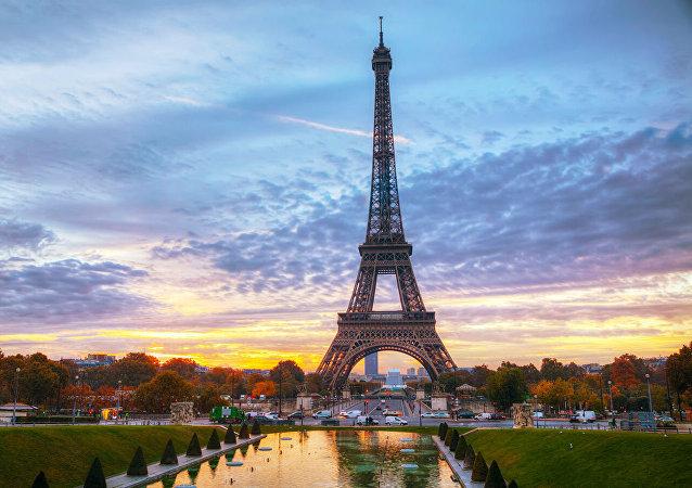 法國收緊移民政策