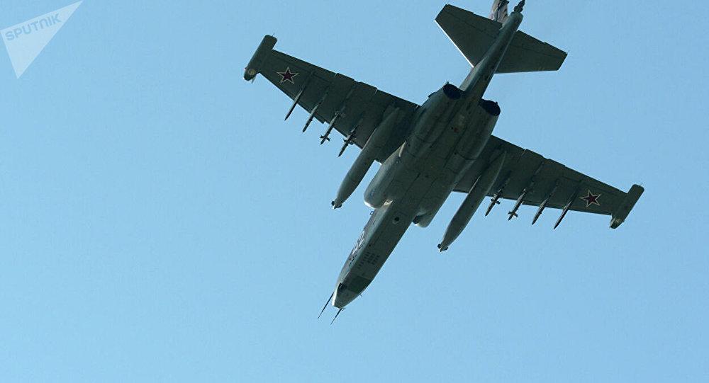 蘇-25UB強擊機