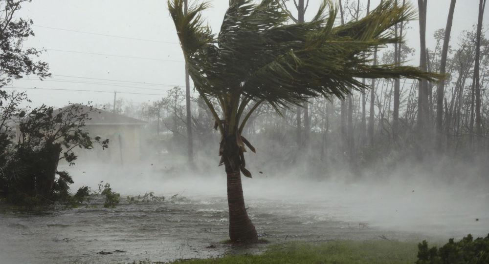 美國準備向巴哈馬群島颶風災民發放簽證