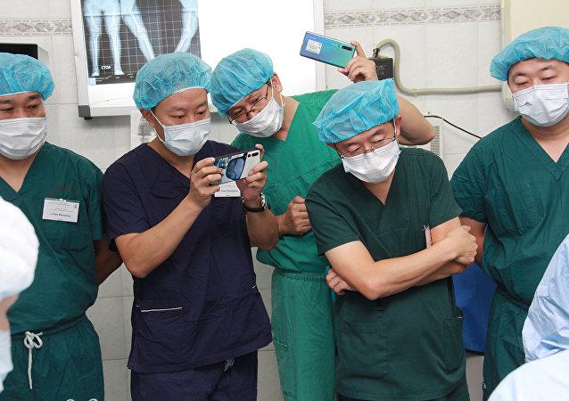 中國骨科醫生赴俄進修
