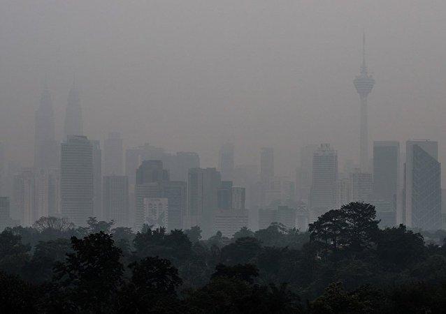 馬來西亞超1400所學校因煙霧而關閉