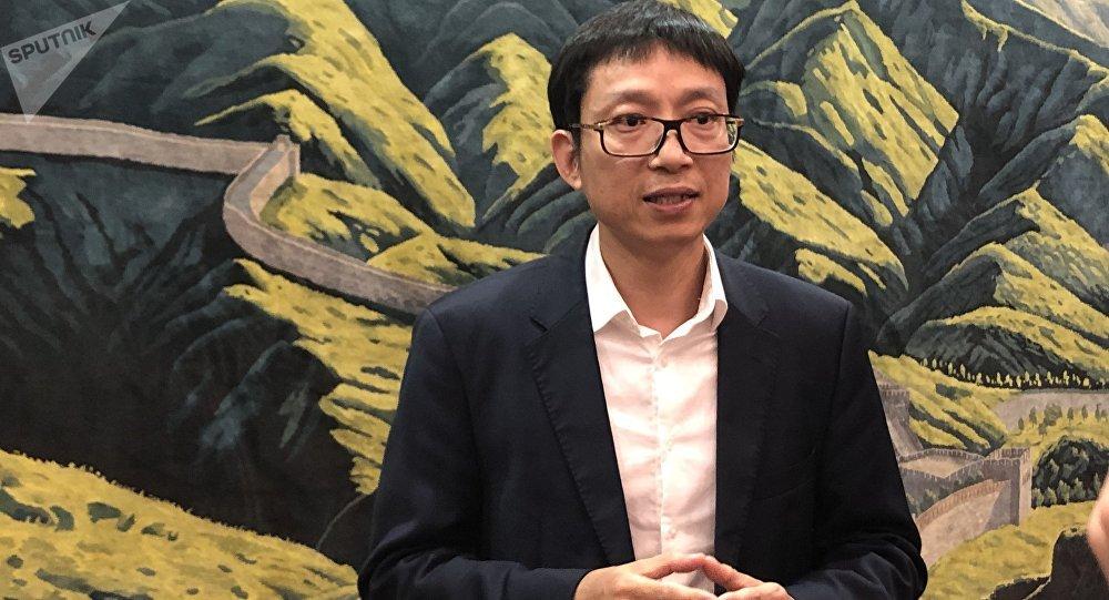 深圳市外事辦公室副主任 鐘嘉俊