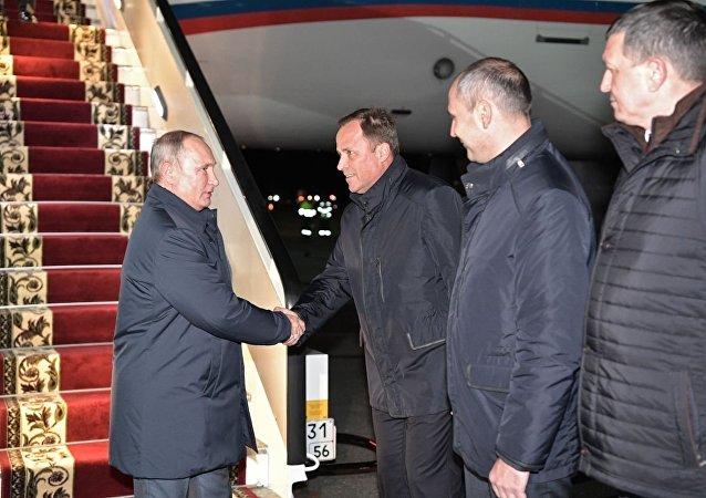 普京抵達俄奧倫堡