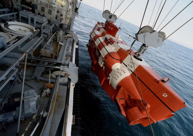 俄太平洋艦隊救援力量在日本海舉行「聯盟」號飛船返回艙搜索和疏散演習