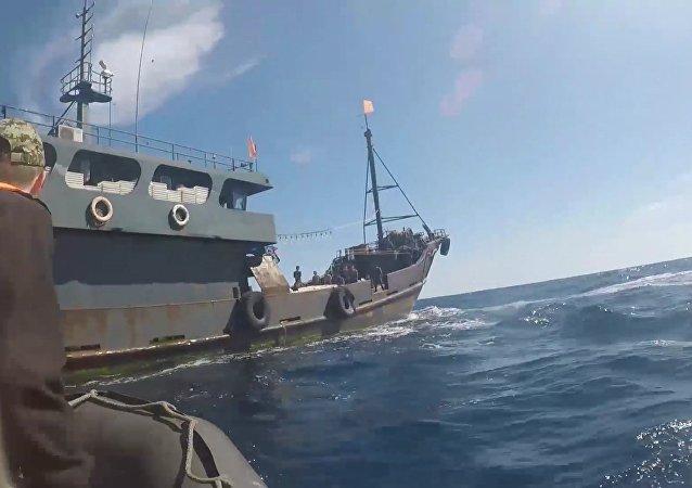 俄安全局在濱海邊疆區又扣押64名朝鮮盜漁者