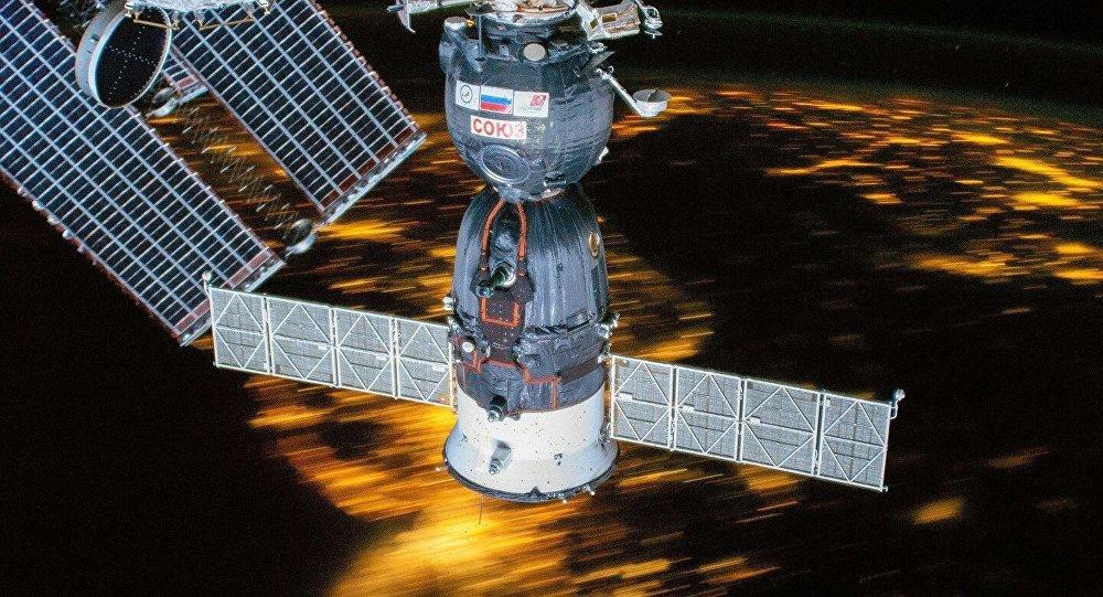 俄航天集團公司:俄羅斯將為太空遊客製造特殊飛船