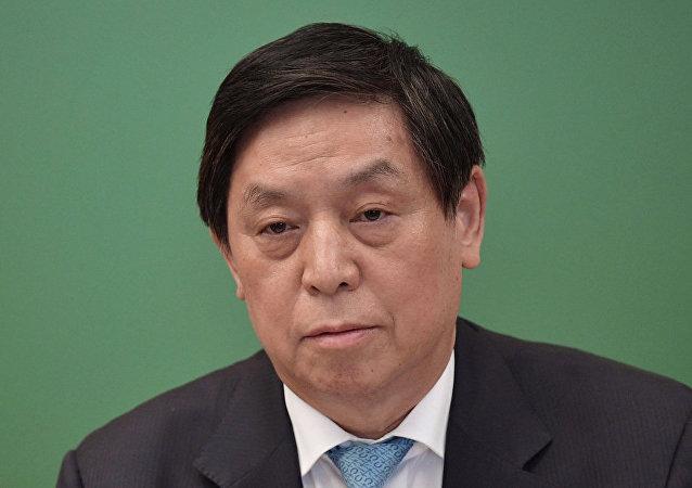 栗戰書率領中國代表團參觀俄喀山聯邦大學