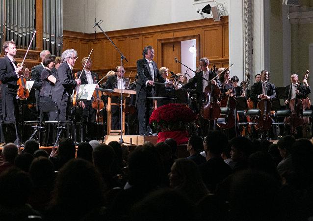 莫斯科人談紀念新中國成立70週年音樂會