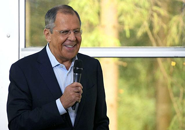 俄外長戲稱俄方將解決美國2020年總統選舉的問題