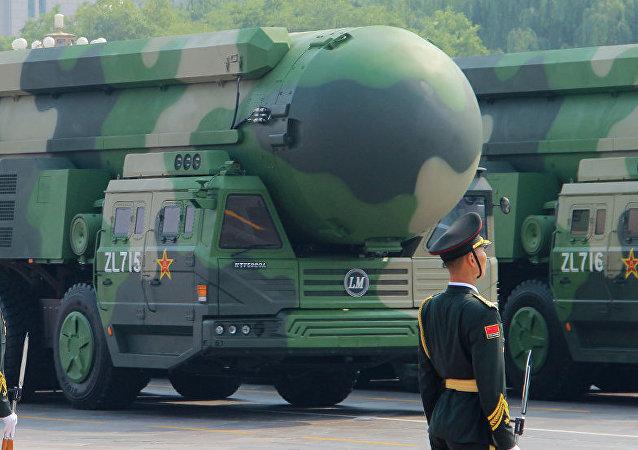 專家:特朗普在軍控問題上向中國施壓做法愚蠢