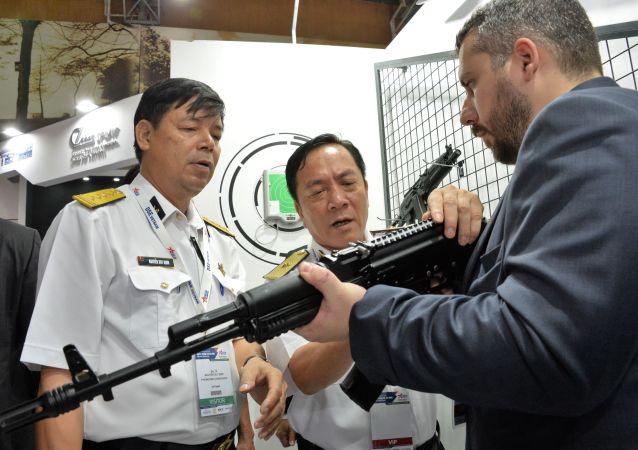 卡拉什尼科夫自動步槍