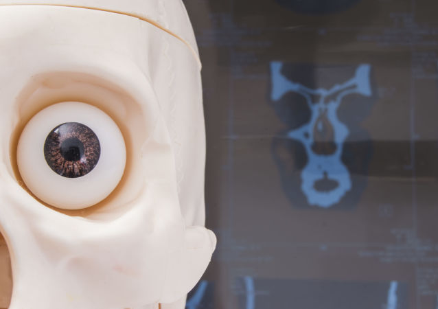 科學家用腦磁場和眼睛操控電腦