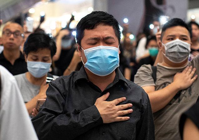 香港政府計劃實行禁止示威遊行者戴口罩的禁令