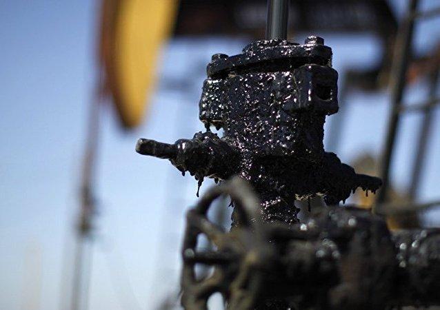 媒體:委內瑞拉不顧美國制裁向中國頻繁出口石油
