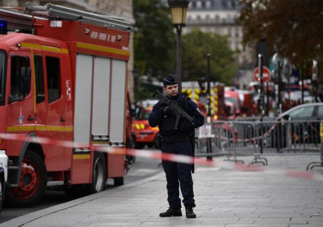 巴黎警察局發生的男子持刀襲擊事件造成4人死亡