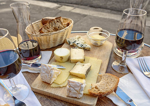 奶酪和紅酒