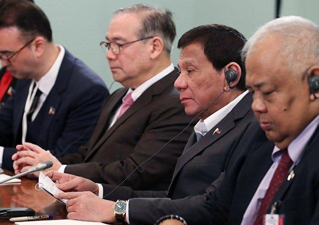 菲律賓貿工部長:俄菲論壇期間簽署協議總額達到660萬美元