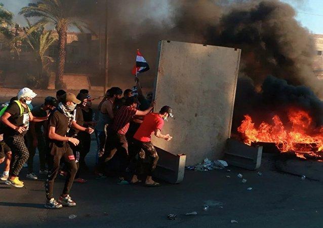 伊拉克抗議者