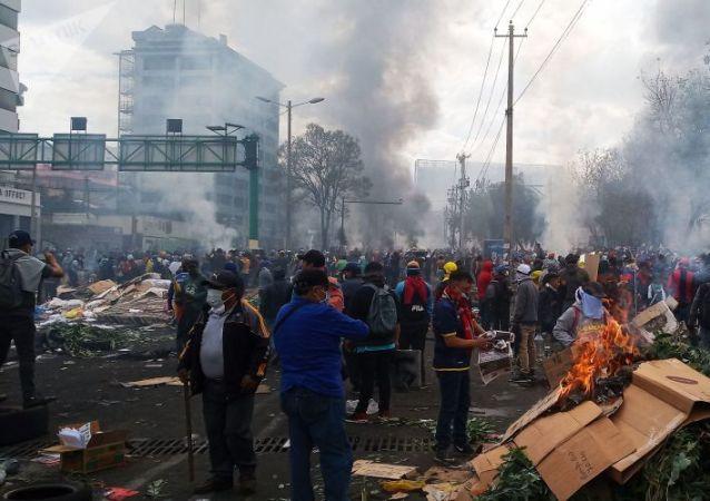 厄瓜多爾駐俄大使:厄瓜多爾抗議活動期間的黑客攻擊與莫斯科無關