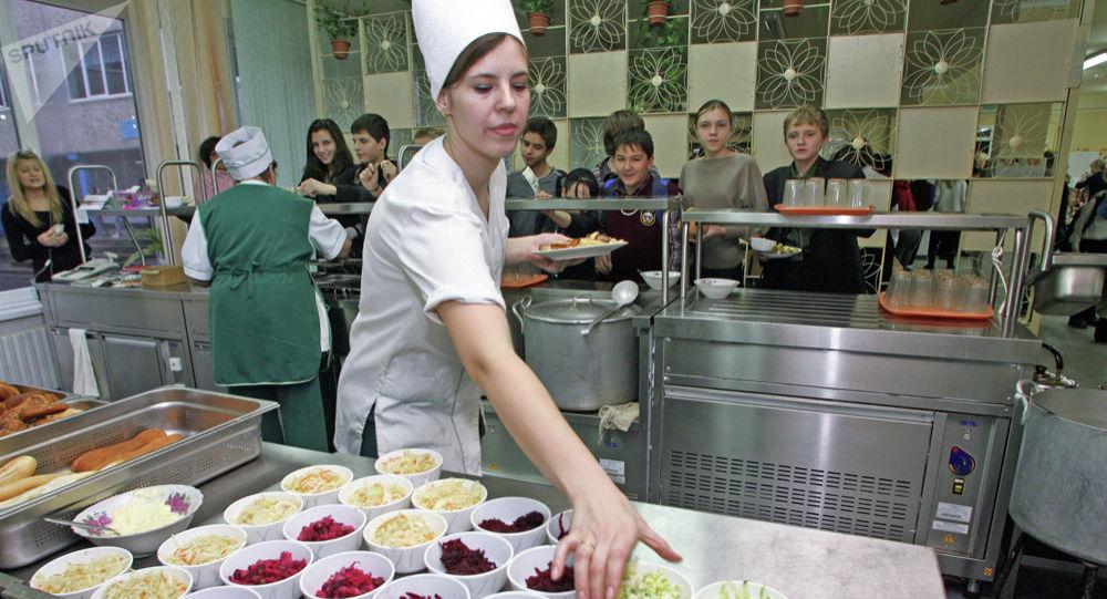 俄總理命令公共餐飲業和度假村暫停運營