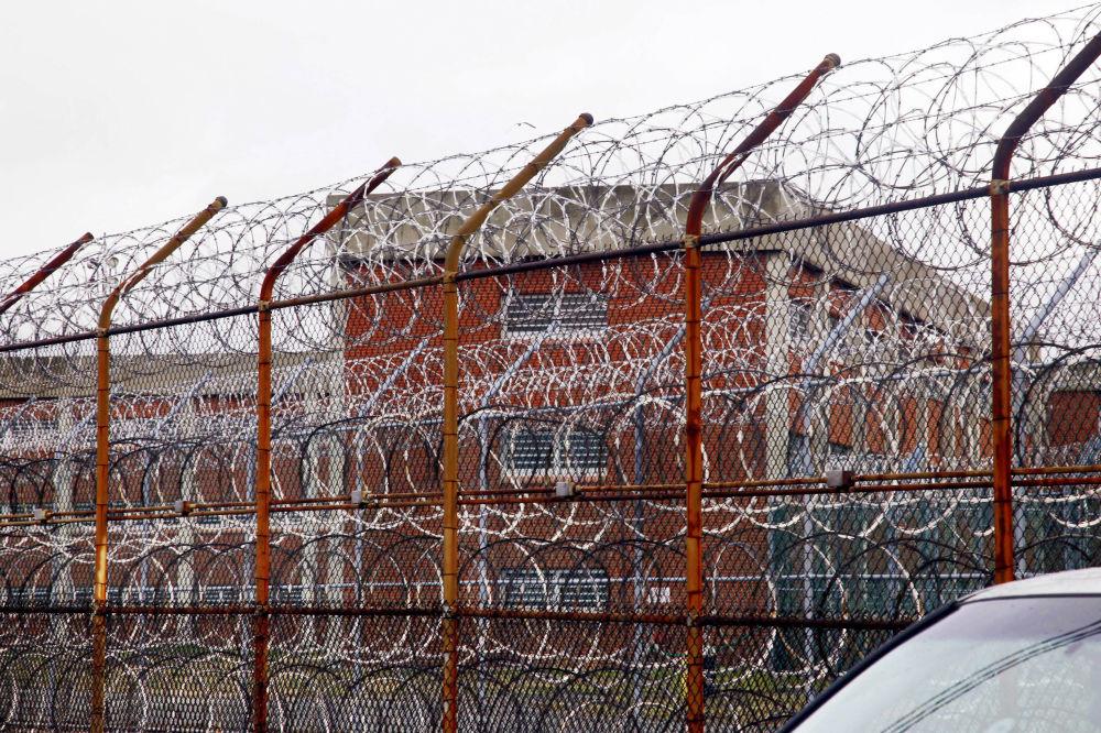 賴克斯島監獄的圍牆