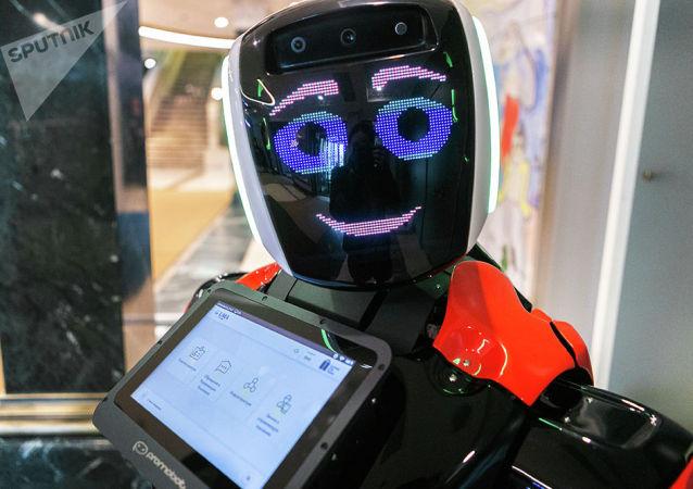 俄初創企業Promobot明年擬向中國出口50萬美元的服務機器人