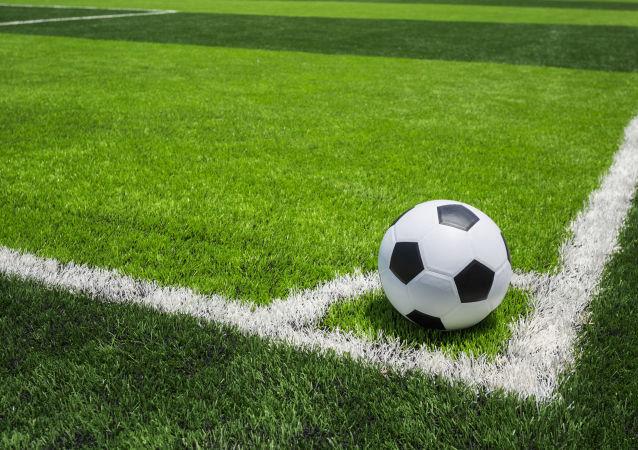 日本橫濱FC與52歲的三浦知良續約
