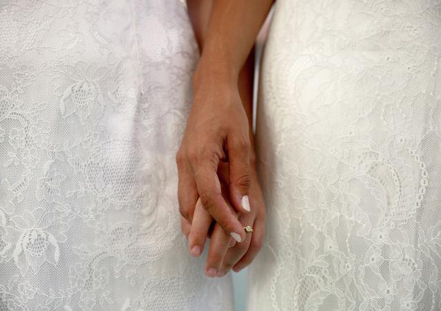 北愛爾蘭合法化墮胎和同性婚姻
