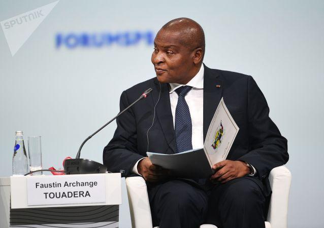 中非共和國總統:該國請求俄羅斯再供應武器