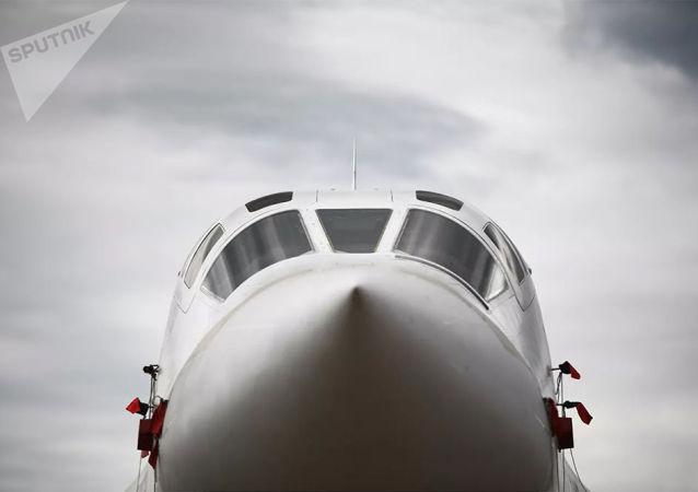 俄羅斯兩架圖-160轟炸機抵達南非