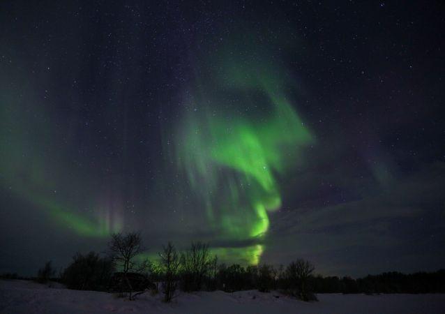 北極光(摩爾曼斯克州)