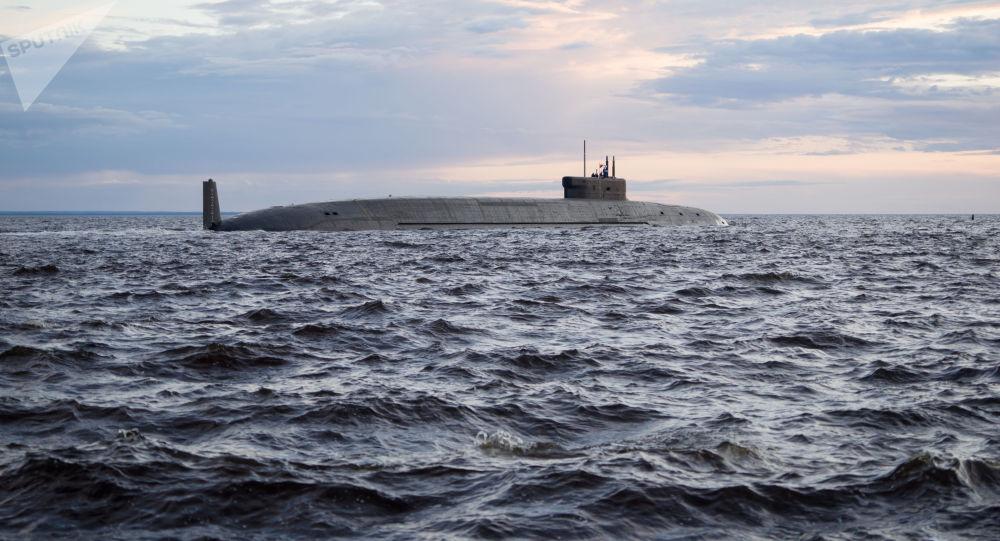 俄羅斯核潛艇在巴倫支海深處進行決鬥演習