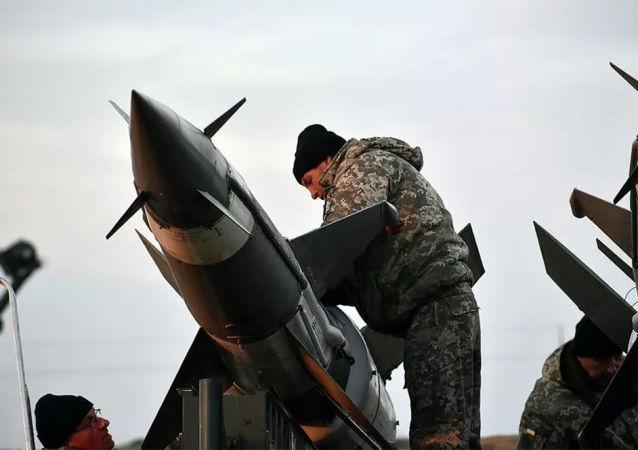 烏克蘭進行赤楊-M中程導彈測試