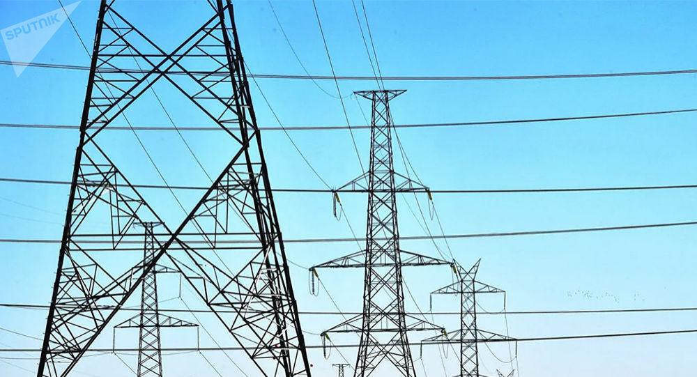俄羅斯學者們找到把輸電線上電能損失減少40%的方法